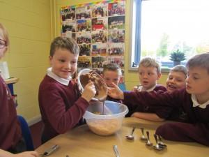rice crispie buns and gaeligor na seactaine 040